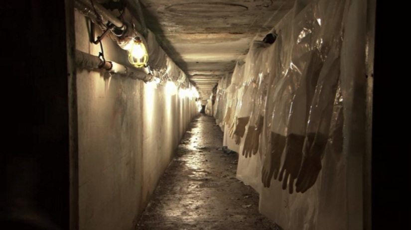 session-9-movie-tunnels-lights.jpg